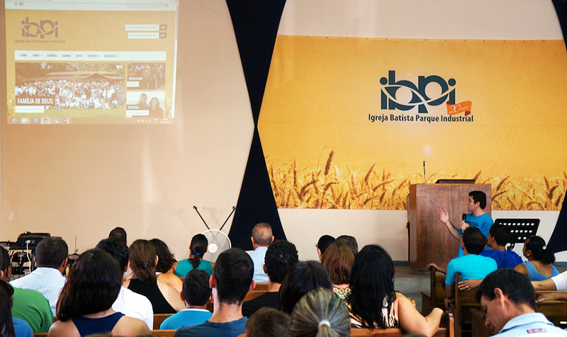 Presentation of Igreja Batista Parque Industrial's Resurrect-powered website
